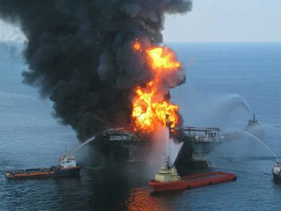oil-rig-explosion-618704